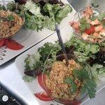 Crevettes marinées, lentilles corail au curry