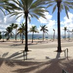 Fort Lauderdale beach - 5min walk from the hotel