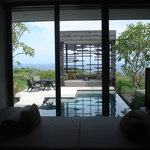 Daybed, pool, private birdcage and Indian Ocean