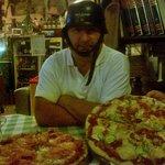 Il mitico pizzaiolo e le sue creazioni!!!