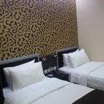 Kamar Standar - Double Bed