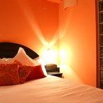 La habitación naranja, super comoda