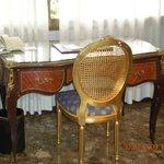 muebles de estilo clasico muy bien conservados