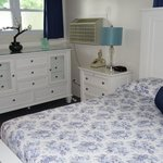 Bedroom with 2 spacious Chest of Drawers