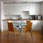 22 Red Lion St, Flat 8 studio, kitchen