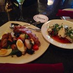 Niçoise salad and grilled calamari