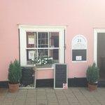 Cafe at number 21