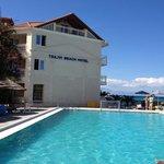 один из бассейнов в отеле