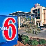 Motel 6 Dallas Northeast