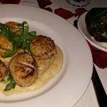 Diver scallops and Kale & mushrooms...YUM