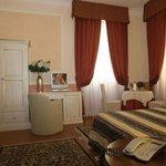 羅斯皮里奧西府酒店