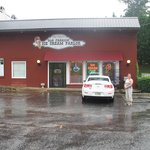 Front view of Ice Cream Shop