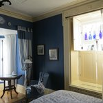 Room #5 - great bay window and blue accents!