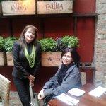 Materas de albahacas decoran y aromatizan el restaurante