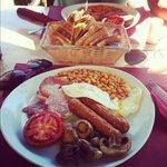 El Gusto full English, best breakfast in La Cala!