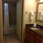 Bathroom & Sink/Vanity