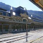 Fachada principal de la estación
