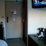 Room 515 - Single Room with No Air Conditioning