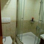 Bathroom 402