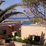 one of the cottages belong to the Comino Hotel