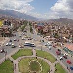 Vista de Cusco do alto do monumento a Pachakutec