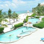 Beach & Pool