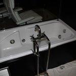bañera hidromasaje (habitacion 11)