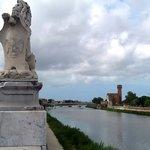 La Rondine Pisa hotel low cost vista dal Lungarno Sonnino, la Cittadella a Pisa, venite a vivere