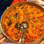 Ottima cena con paella e cus cus: porzioni abbondanti, servite con eleganza e prezzi modici....a
