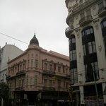 Esquina del Hotel, sobre Callao y Sarmiento.