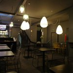 Área do café da manhã e do restaurante