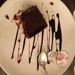 Dessert : Tartelette tout chocolat, orange - Espuma de fruits frais