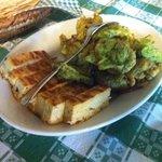 frittelle di zucchine e basilico e frittatina con cipolle, pomodoro e basilico