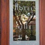 Hotel En Ville Foto