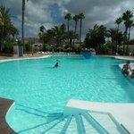 accès facilité pour l'entrée et sortie de la piscine