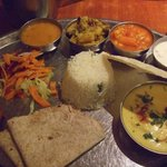 Grand Thali, chicken korma curry