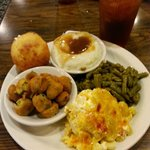 The 4-Veggie Plate at Wade's