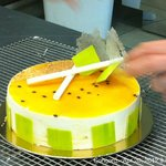 Custom-made gelato cakes to die for