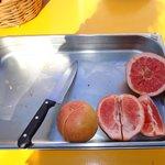 frutas no café da manhã!