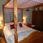 Driftwood Cottage - Fabulous Four Poster