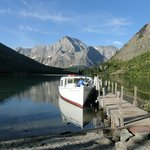 Swiftcurrent Lake boat trip