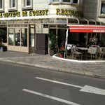 Restaurant français ouvert du lundi au samedi de 9h00 à 22h30