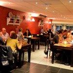 Gezellig tafelen in brasserie 't Veilinghuis