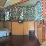 Well-screened, large rooms. Beds reasonable comfortable for price. Clean.