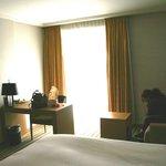 chambre avec porte-fenêtre
