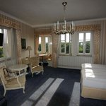 Corner room, Goldener Hirsch