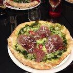 Excellentes pizza par la présentation et le goût