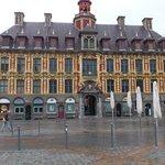 A belíssima praça General Charles de Gaulle