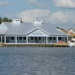 Seagrass Pub and Grill