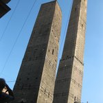 Torre degli Asinelli & Torre Garisenda